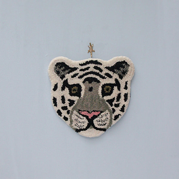 Doing Goods Snowy Tiger Cub Rug Wanddeko Teppich Kinderzimmer bei Yay Kids