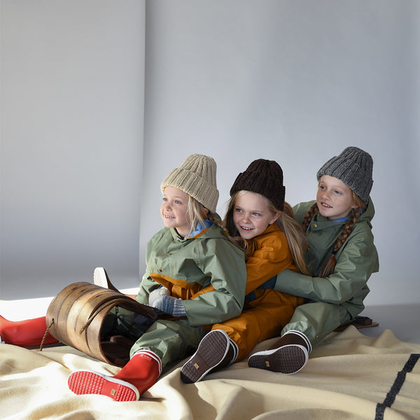 Faire Child Kinder Regenoutfits bei Yay Kids