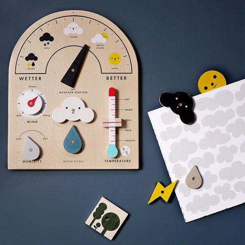 Moon Picnic Kinder Holz Lern Wetterstation bei Yay Kids