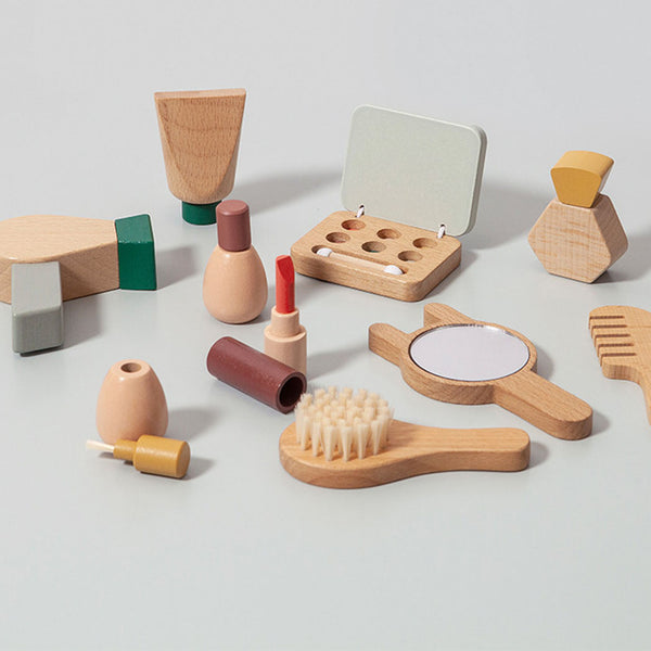 Petit Monkey Mädchen Holz Make Up Set bei Yay Kids