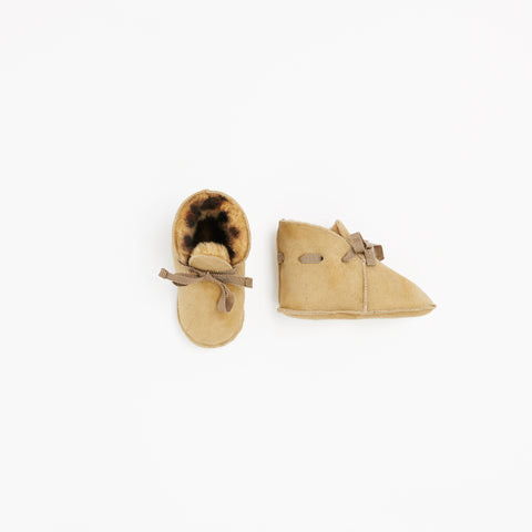 Toasties Paris Baby Lammfell Finken Booties Leo bei Yay Kids