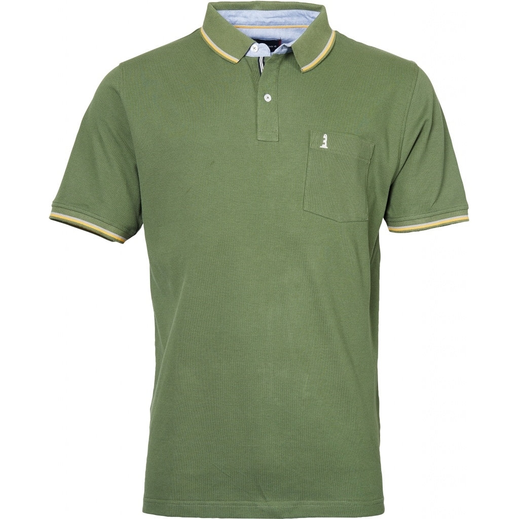North 56°4 / Replika Jeans (Regular) North 56°4  Polo w/contrast on collar Polo SS 0660 Olive Green