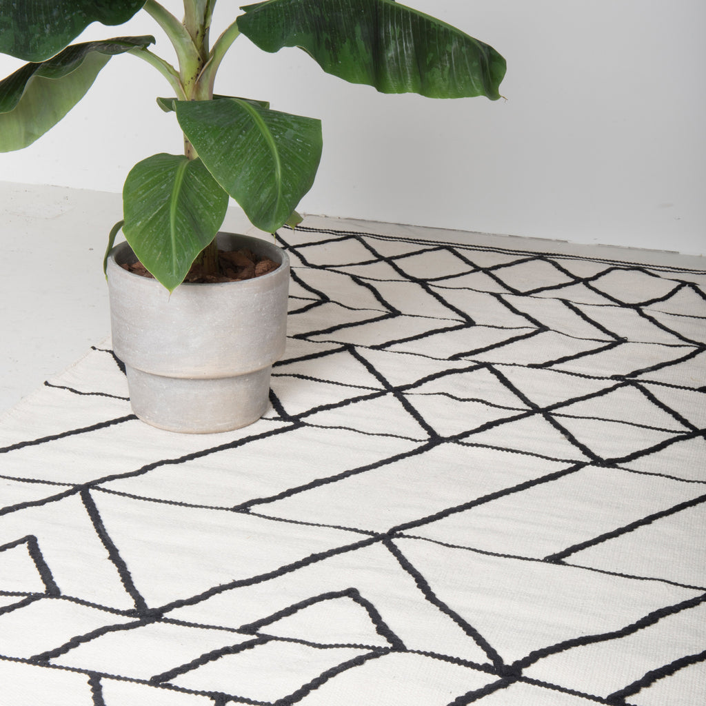 rug woven white black cotton wool