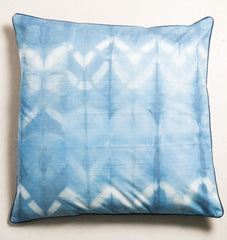 UNC MEETS INDIGO - Floor Cushion Shibori