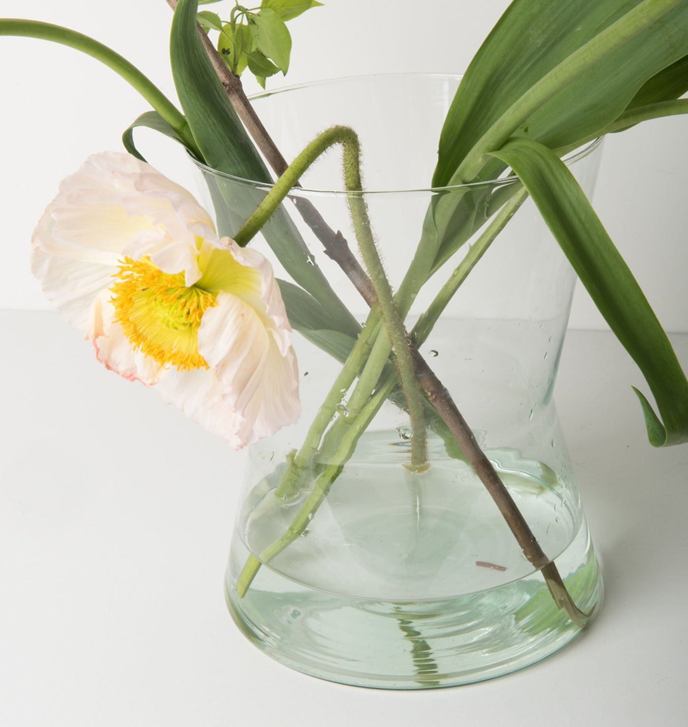 Recycled Glass Vase Diabolo - Urban Nature Culture