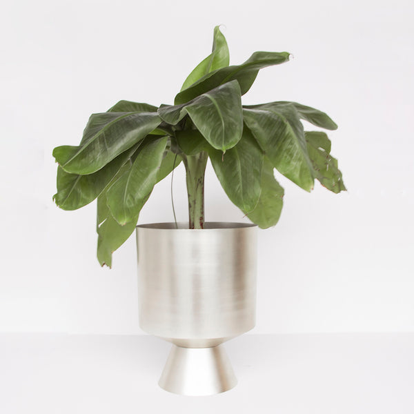 Planter - Iron eye - Urban Nature Culture