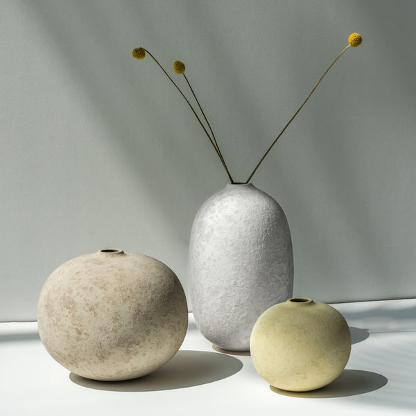 Pedra Warm Grey Vase - Urban Nature Culture