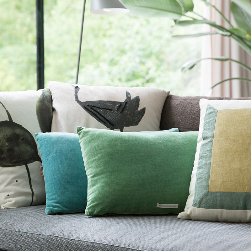 Cushion Tsuru - Urban Nature Culture