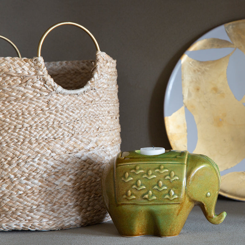 Set of 2 baskets made of banana leafs