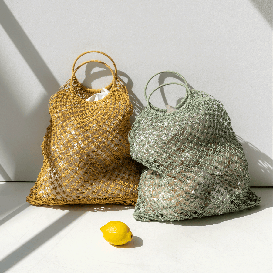 Yolk yellow shopper bag made of jute