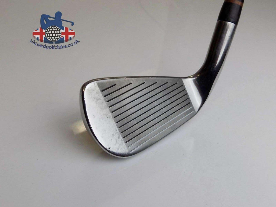 TaylorMade Firesole Tungsten Steel 4 Iron Regular Rifle Steel Shaft TaylorMade Grip