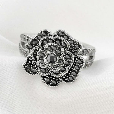 Mytys Black Rose Ring