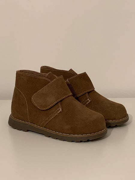 Boys desert boot
