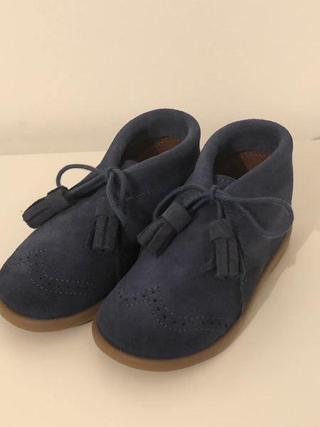 Boys tassle shoes