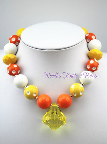 Girls Sunshine Chunky Necklace, Candy Corn Chunky Bead Bubblegum Necklace, Girls Necklace