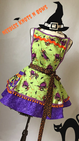 Women's Halloween Witch Apron, Witch Apron, Aprons, Apron w/ Pocket, Flirty Halloween Apron