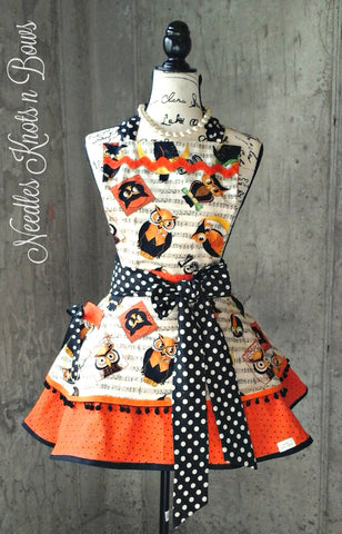 Womens Halloween Fall Apron, Flirty Owl Apron, Halloween Apron