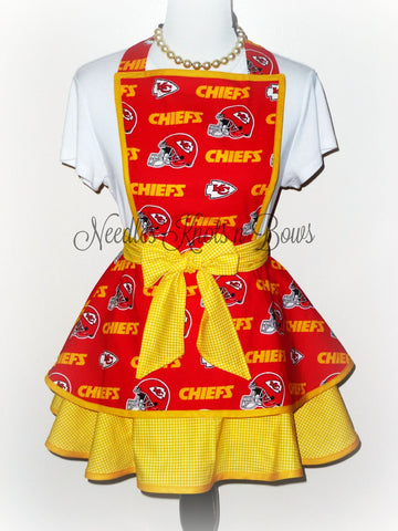 Kansas City Chiefs Womens Apron, Womens Chiefs Flirty, Football, Hostess Apron, Womens Aprons