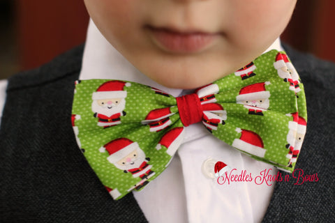 Christmas Bow Tie, Santa on Green Bow Tie, Bow Ties, Suit & Tie Accessories, Santa Claus