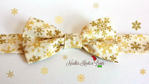 Snowflake Bow Tie, Gold Snowflakes on Cream, Boys Christmas Bowtie, Winter Bow Tie