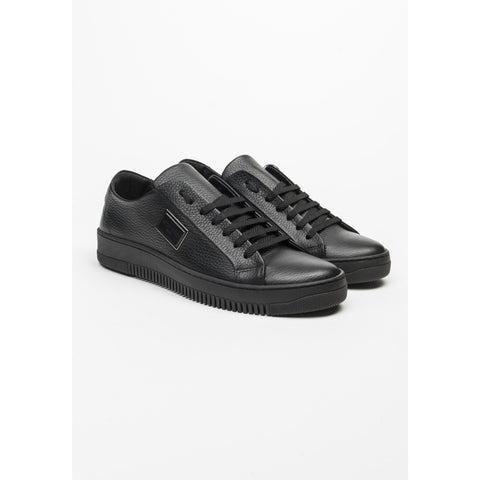 LOW TOP SNEAKERS WITH PLAQUE - BLACK LEATHER