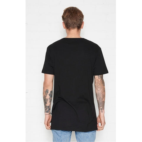 STREET DREAM TEE - BLACK