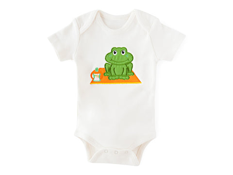 Frog Pose Bodysuit Organic Cotton