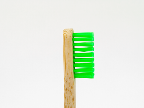 Adults Bamboo Toothbrush - Round Green - Mabboo