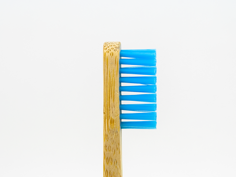 Adults Bamboo Toothbrush - Round Blue - Mabboo