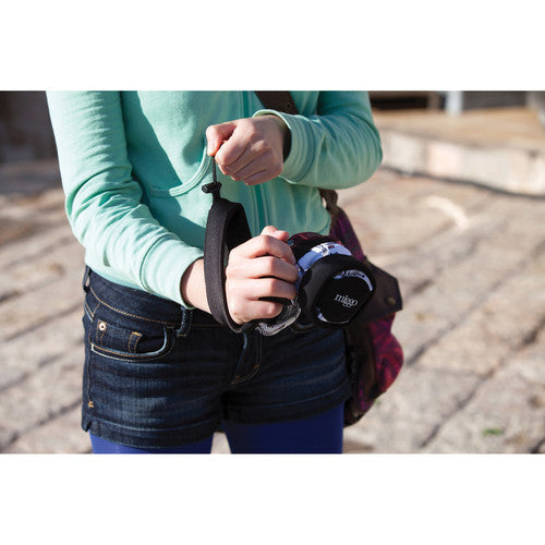 Grip and Wrap for Mirrorless and Compact System Cameras (Pebble Road)