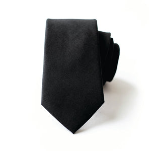 Men In Black Linen Tie