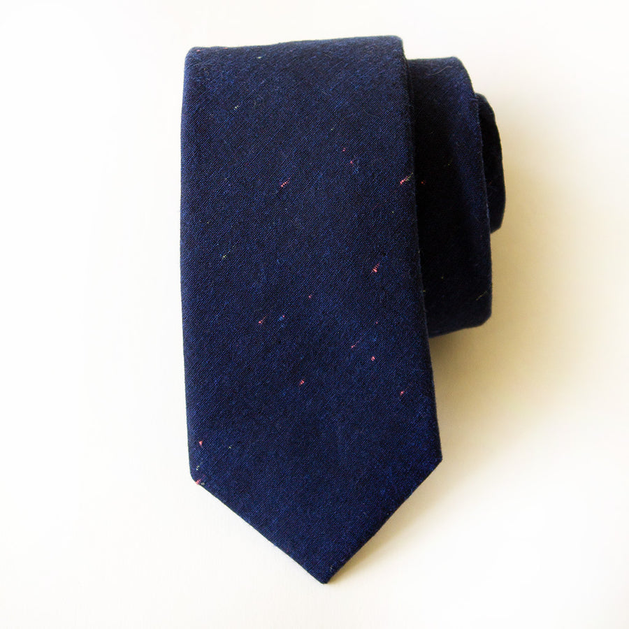 Lake House Linen Tie