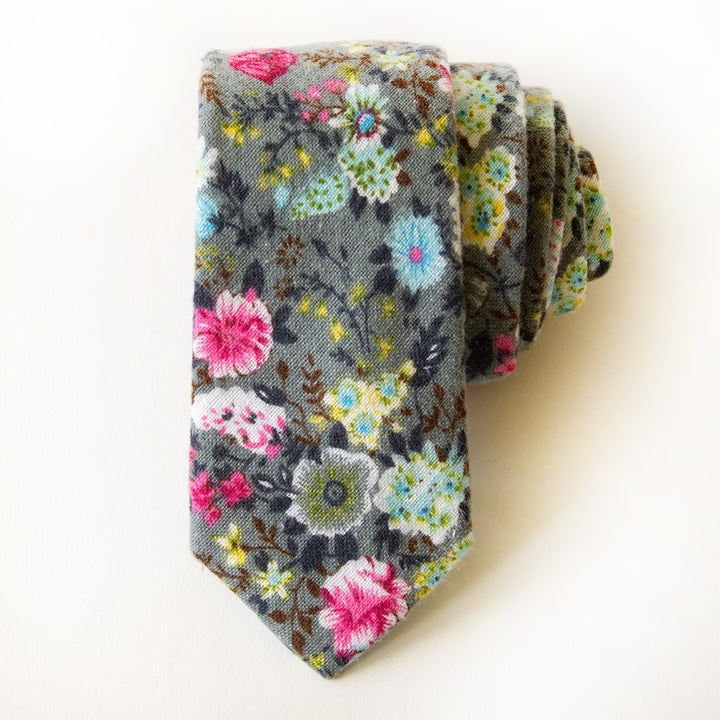 Dana Point Floral Tie
