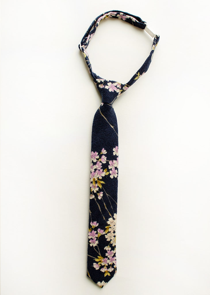 Lavender Fields Floral Boys Tie