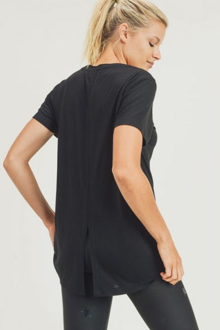 Athleisure Shirt with Vented Hi-Lo Back in Black