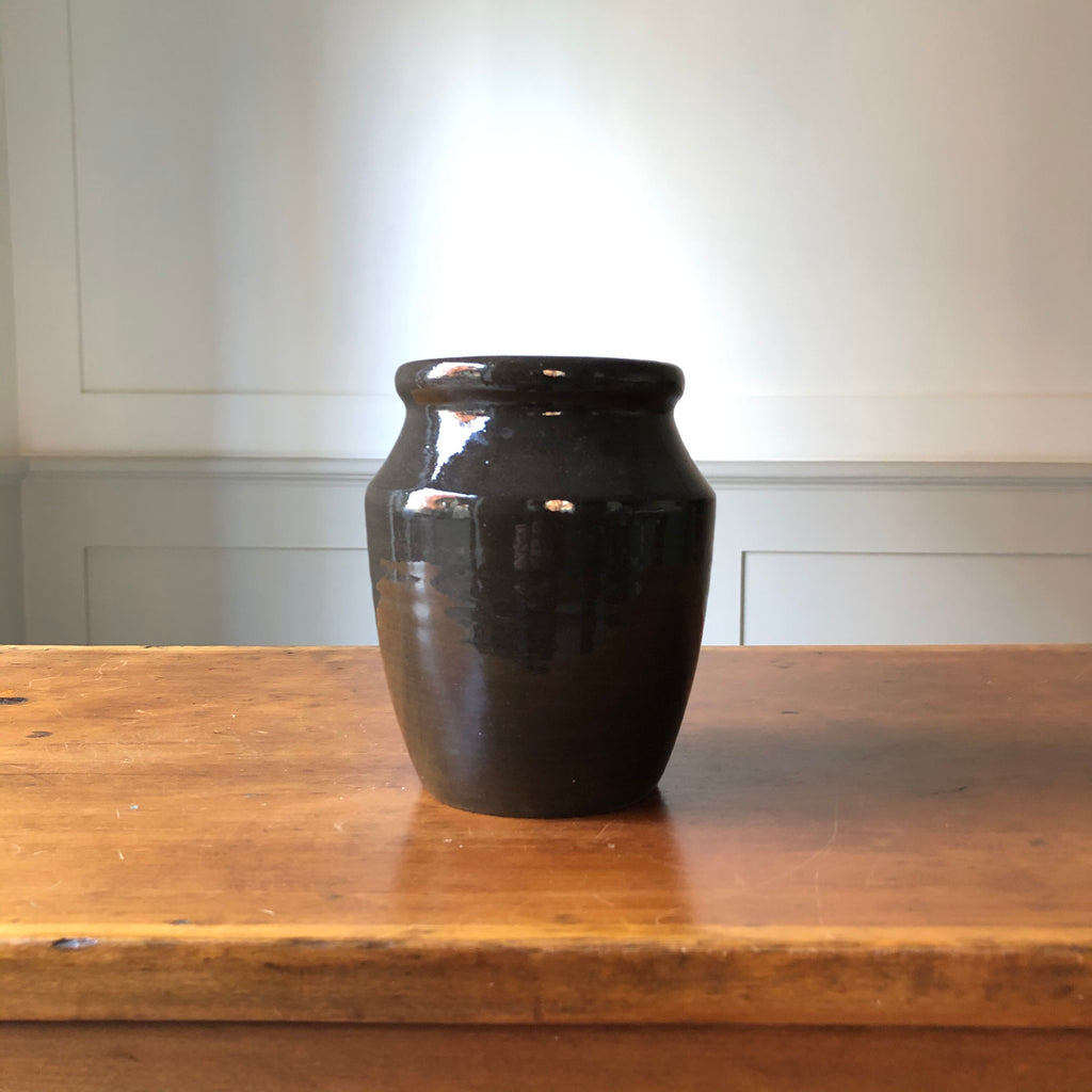W&P Studio Perfect Vase - Black  Gloss