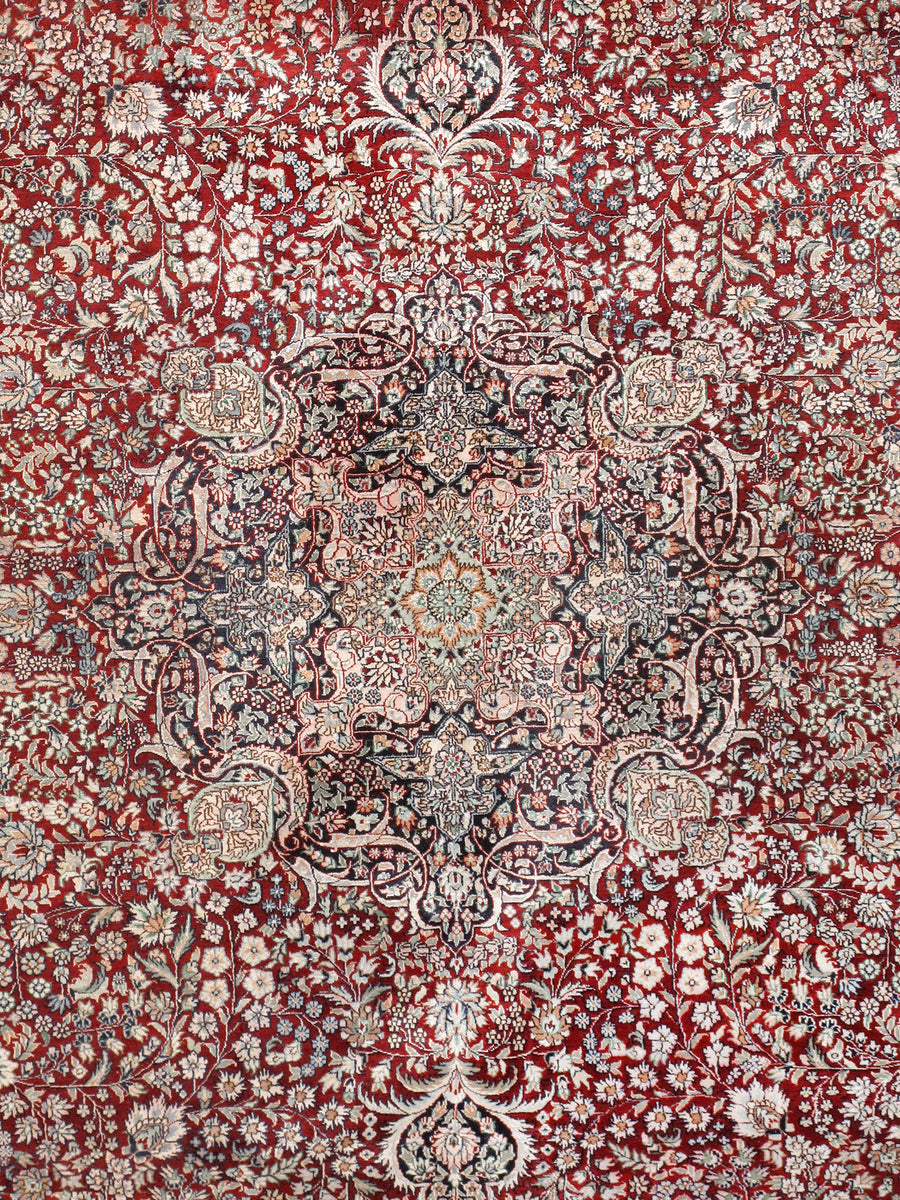 "9' 3"" X 12' 1"" Kashan Hand Knotted Silk Area Rug"