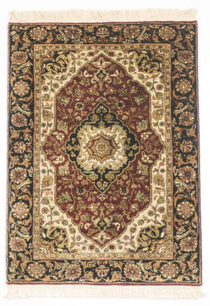 Tabriz Handknotted Traditional Small Wool Rug