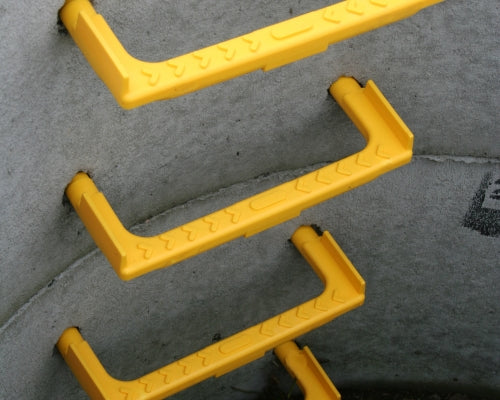 Concrete Steps - Yellow Plastic Encapsulated