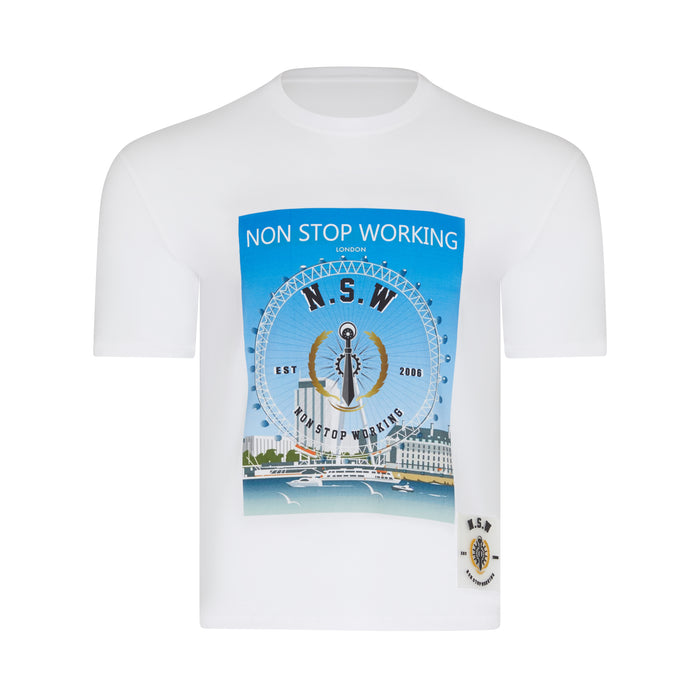 THE PERSON WHO DOES THE WORK IS THE ONLY ONE WHO LEARNS. NON STOP WORKING LONDON T-SHIRT