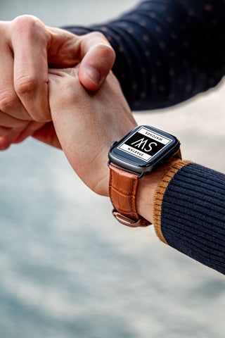 How to Choose the Right Color Apple Watch Band
