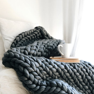 "Large Chunky Knit Blanket 50""x60"" - 100% Merino Wool - Hand Knit in Canada"