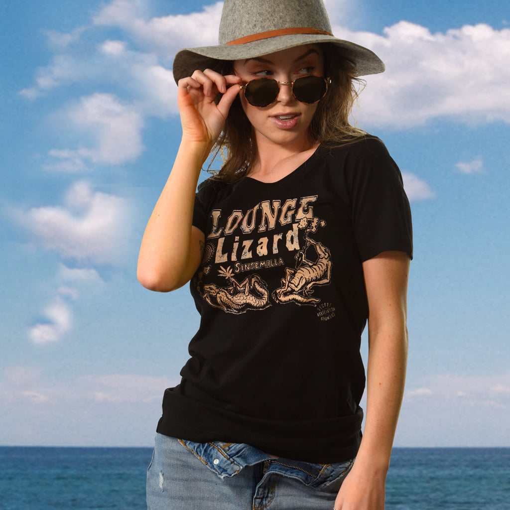 Lounge Lizard, California Wave, Women's Crew Neck Tee