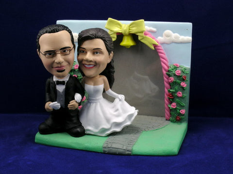 In Love Newlywed Couple Bobbleheads