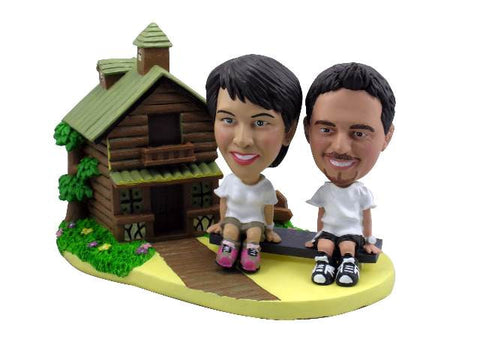 Cottage Theme Bobblehead Couple