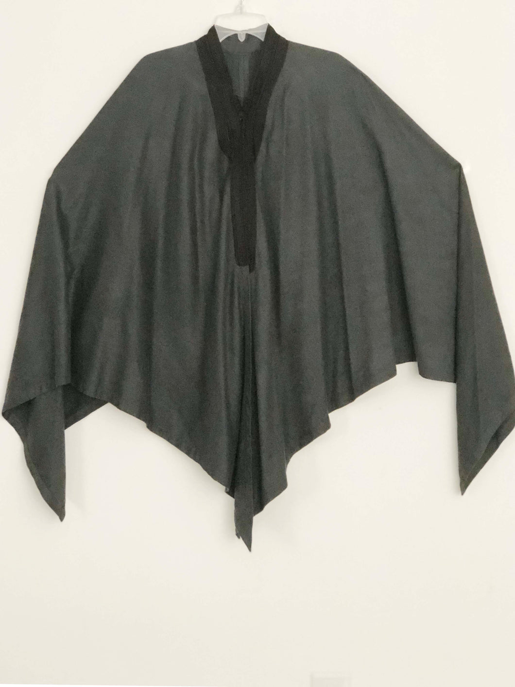 Vintage Luxurious gray Cape Poncho Jacket One Size lagenlook artsy art to wear