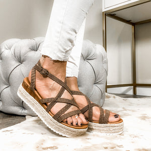 Road Trip Sandals- Taupe