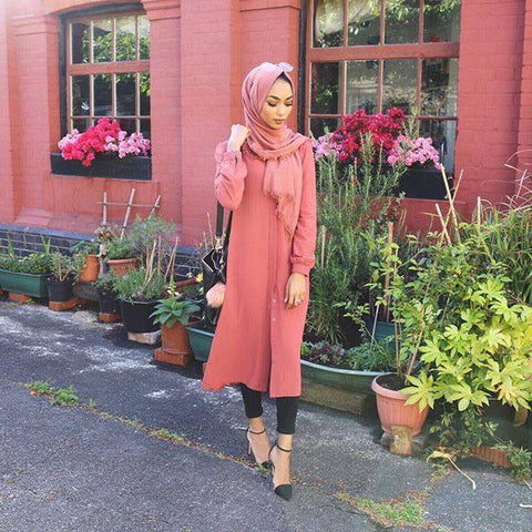 Sabina Hannan's Spring OOTD with our Mihra Midi Dress