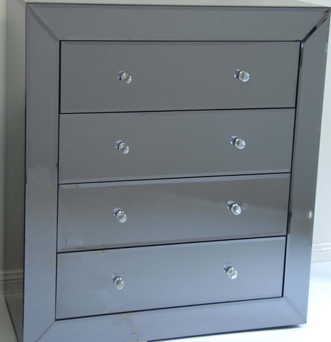 SMOKE Chest of Drawers