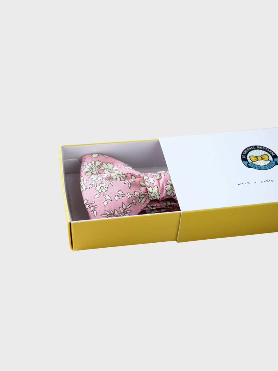 Bow Tie Light Pink Capel Le Colonel Moutarde